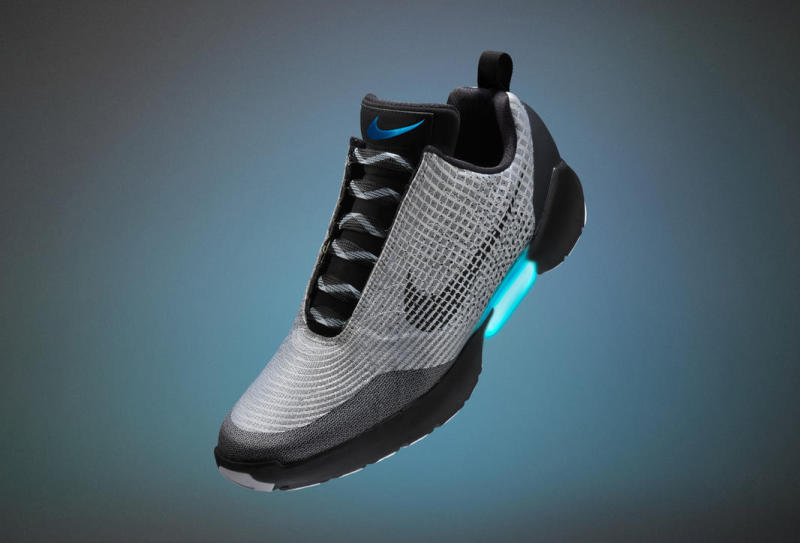 http://images.complex.com/complex/image/upload/t_in_content_image/nike-hyperadapt-trainer_o45bd5.jpg