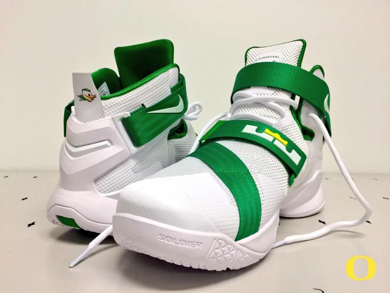 nike lebron soldier 9 white green