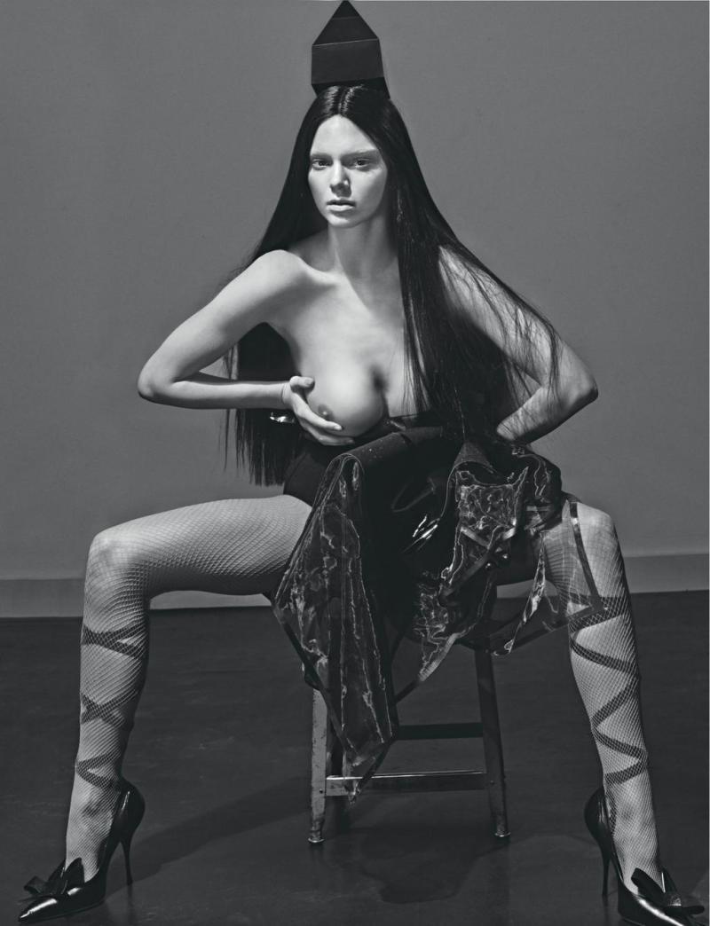 Kim kardashian naked in complex mag