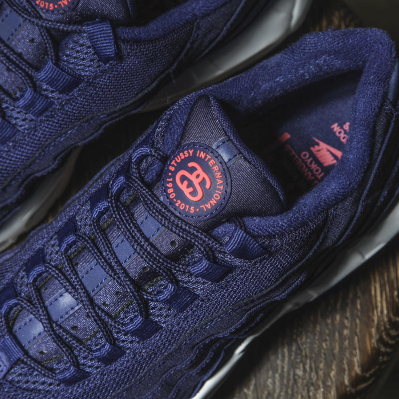 official photos 30426 9ddad navy blue and red air max 95 nz