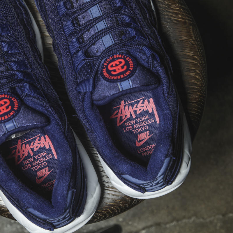 navy blue and yellow air max 95 nz