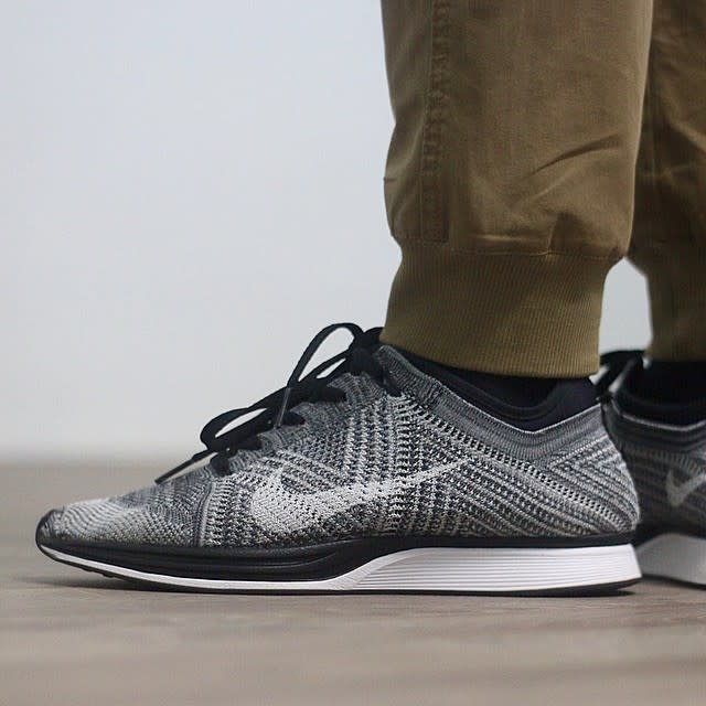 the nike flyknit racer has a wavy new pattern on the way. Black Bedroom Furniture Sets. Home Design Ideas