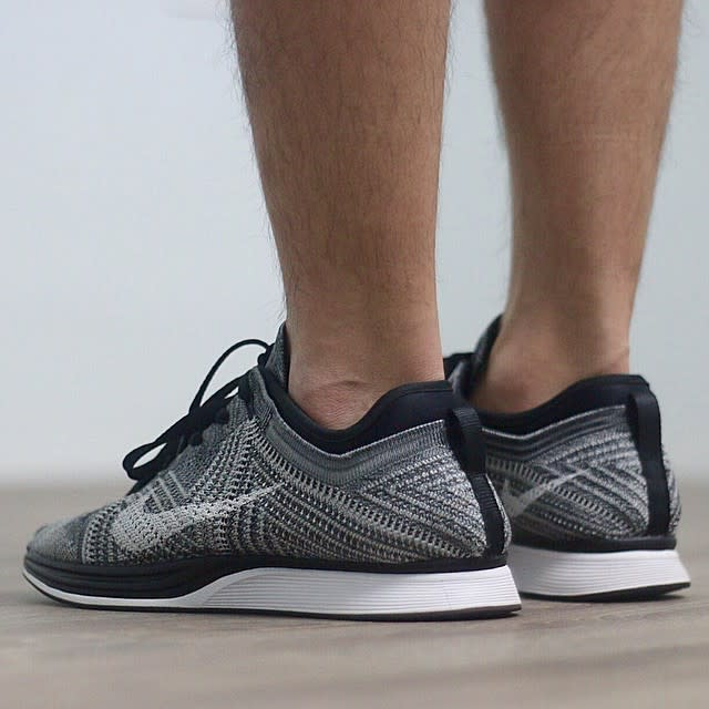 Nike Racer Flyknit Oreo