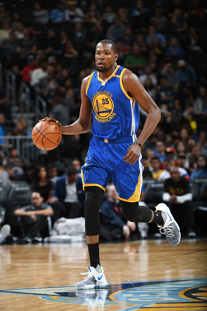 Kevin Durant Wearing the Nike KD 9 Warriors Multicolor Game