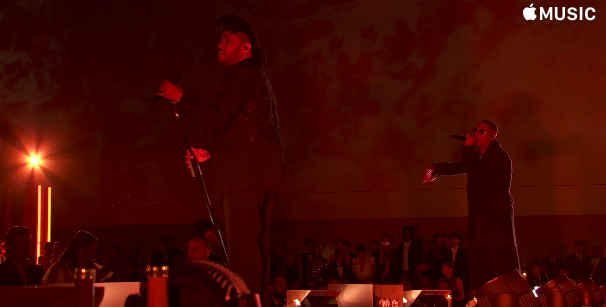 "The Weeknd and Nas Debuted a ""Tell Your Friends"" Remix at the Met Gala news"