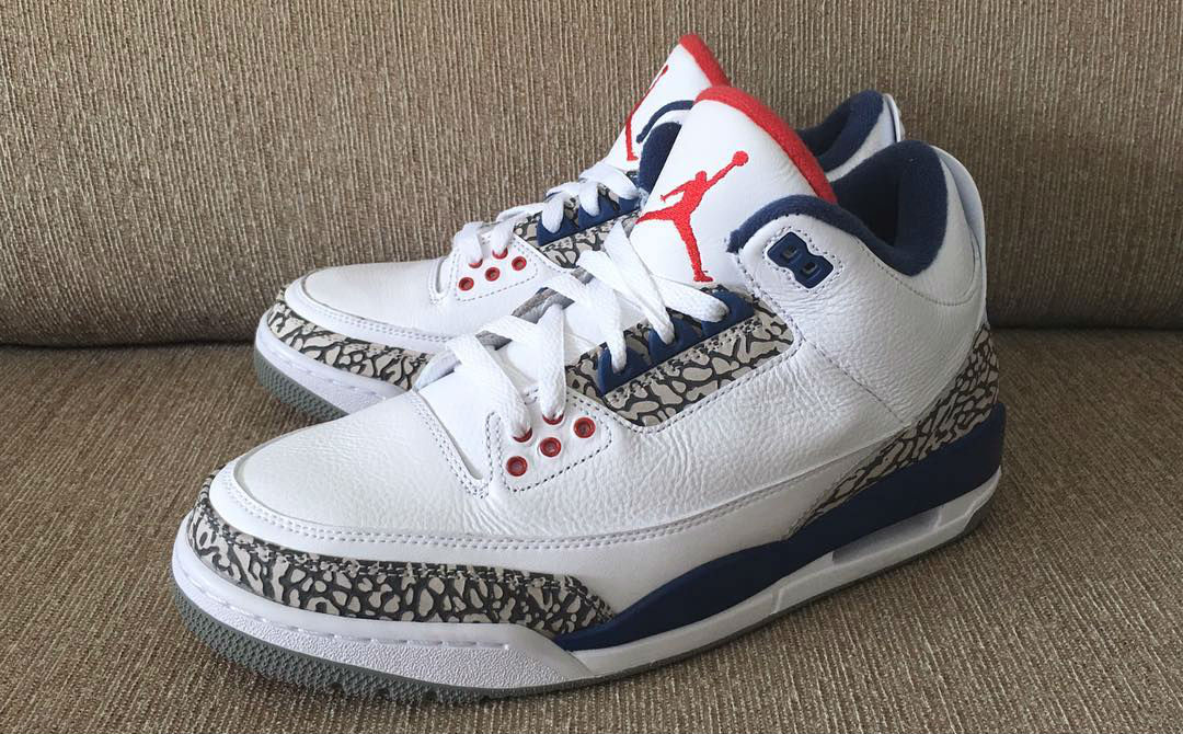 True Blue Jordan 3 Nike Air OG Left 854262-106