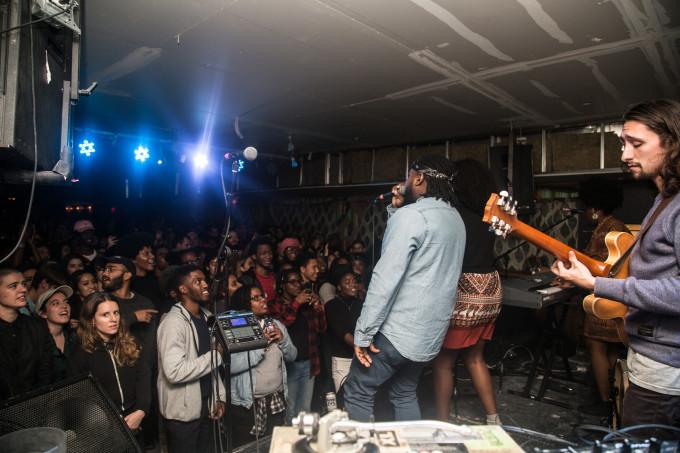 nyc-noname-crowd