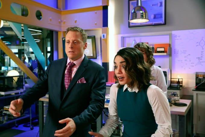 Alan Tudyk, Vanessa Hudgens, 'Powerless'