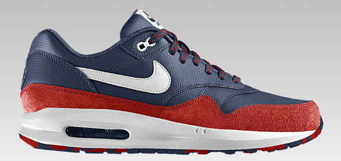 3c28b9d6e8 ... Air Max Lunar 1 ($175) can now be customized to show your allegiance  for either Barcelona or Paris Saint-Germain. The sneakers can sport each  club's ...