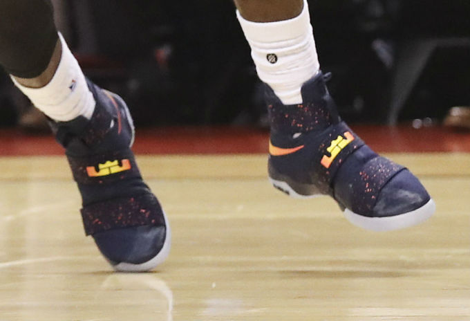 775baa588ae LeBron James Wearing a Cavs Navy Nike LeBron Soldier 10 PE Shoes