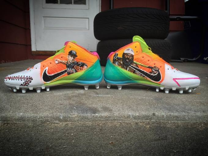Antonio Brown's Jose Fernandez & Kimbo Slice Nike Cleats Medial