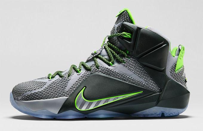 brand new 2b2fb d3b6e Nike LeBron 12