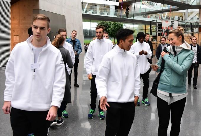 adidas-fifa-17-contract-2