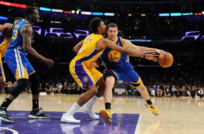 ae631d3269fe14 Nick Young Switched Shoes Twice Against the Golden State Warriors ...