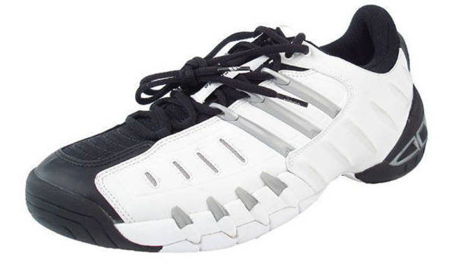 chaussures de sport 722fa b25f9 The Complete History of the adidas Barricade | Complex