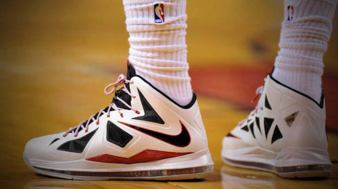 0807e15e73e9b By the Numbers  LeBron James  Stats for Each Sneaker Worn in the ...