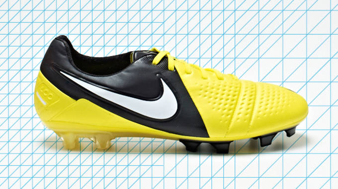 new concept f48ca 5828b REVIEW  5 Reasons to Treat Yourself to the Nike CTR360 Maestri III