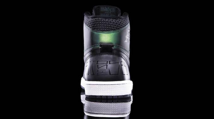 Nike SB x Jordan I skate