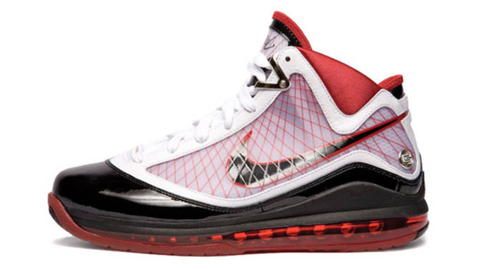 da7de5f4aee4 Ranking Every Nike LeBron Signature Shoe Based on Playability