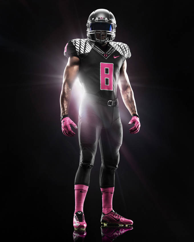 free shipping 4dba8 f31c0 Oregon Fights Breast Cancer With Their Most Fire Uniforms To ...