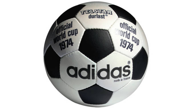 1974 FIFA World Cup Germany adidas Telstar / adidas Chile