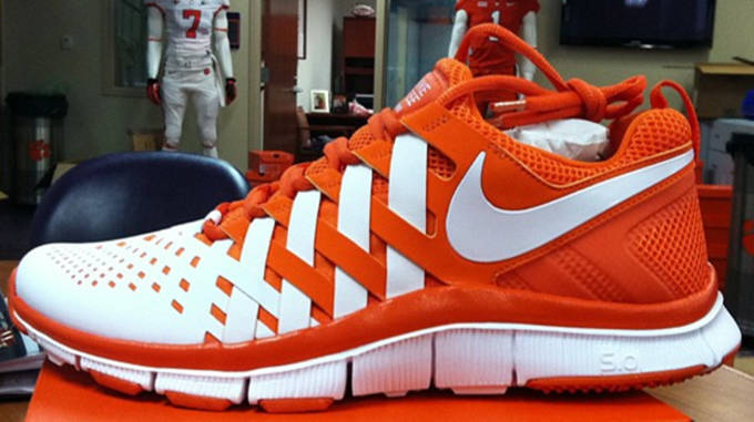 promo code 2d0a1 44477 Nike Free Trainer 5.0 Clemson