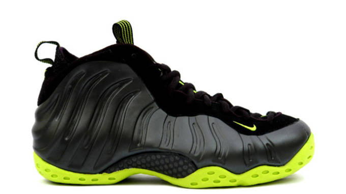 3a3f2e15a24 A Complete History of the Nike Air Foamposite One