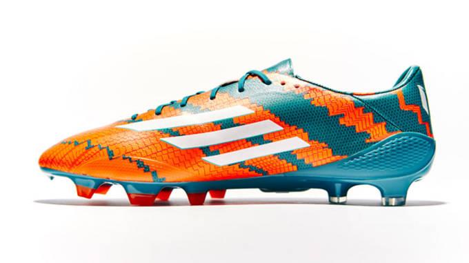 new style edbc1 d1413 Image via SoccerBible