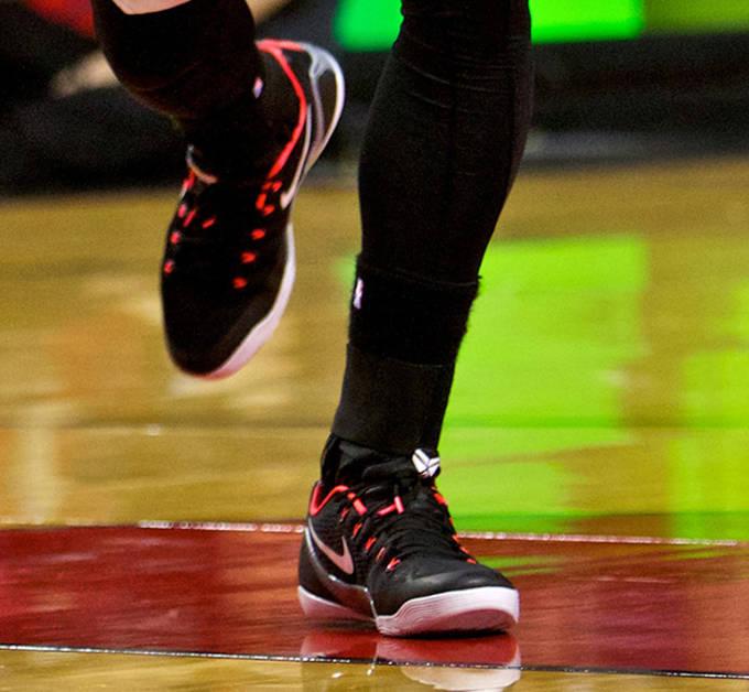73c8ad1c6e9d NBA Players Debut the Nike Kobe 9 EM