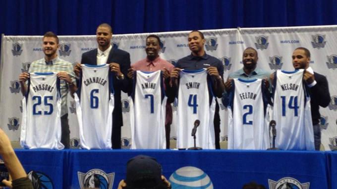 size 40 5f22a 24f7b Dallas Mavericks Unveil Fan Designed Uniforms For 2015-16 ...