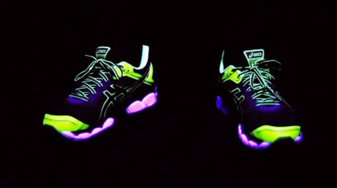 Glow In The Dark Shoes: October 2013