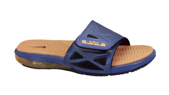 Air-LeBron-2-Slide-Elite-1
