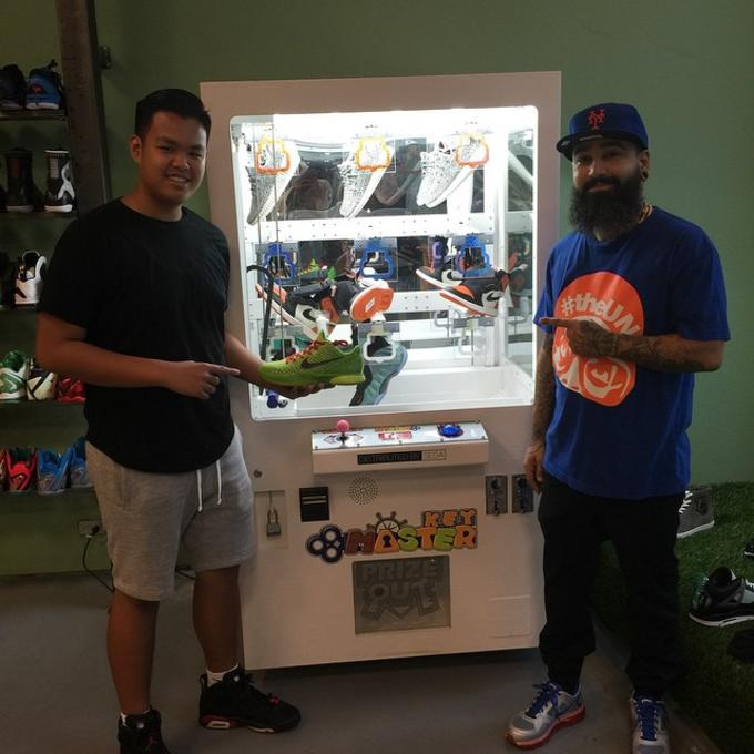 best loved 6db31 6e83d Sneaker Claw Machine at Urban Necessities | Complex