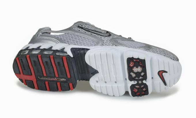 786a7f4b70f7 A History of Nike s Zoom Air Running Sneakers