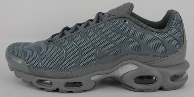 check out 5f193 3ff60 Related. Nike Flips a Familiar Colorway on the Air Max Plus ...