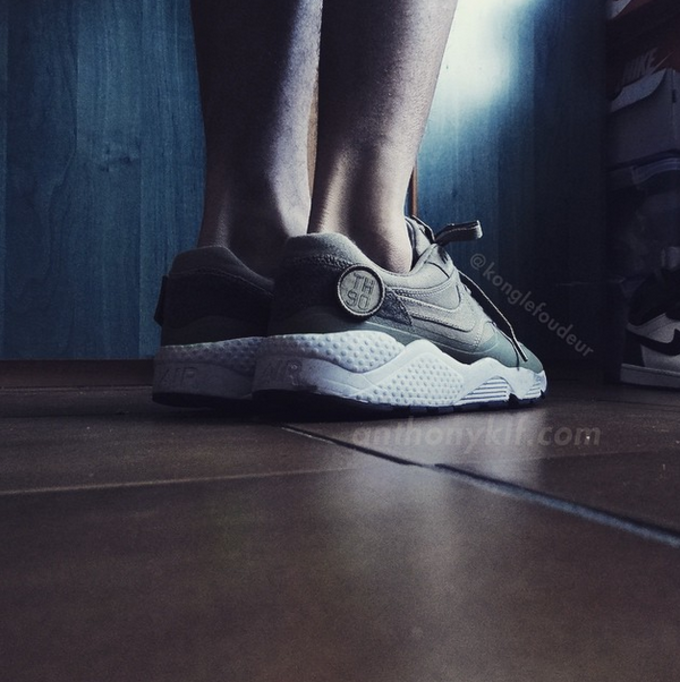 0280c3acb34d Image via  konglefoudeur POST CONTINUES BELOW. News Custom Nike Air  Huarache Nike Air Max 1 huaraches
