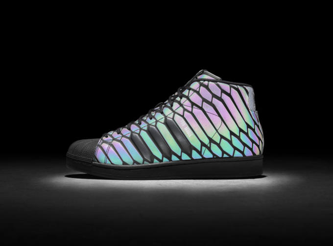 13fbfe71d Both Pro Model XENO colorways are set to launch in the U.S. on November 14  with a retail tag of $130. Check out the reflective technology in action  below.