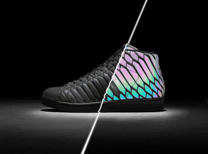 5d8f062936c91 Both Pro Model XENO colorways are set to launch in the U.S. on November 14  with a retail tag of  130. Check out the reflective technology in action  below.
