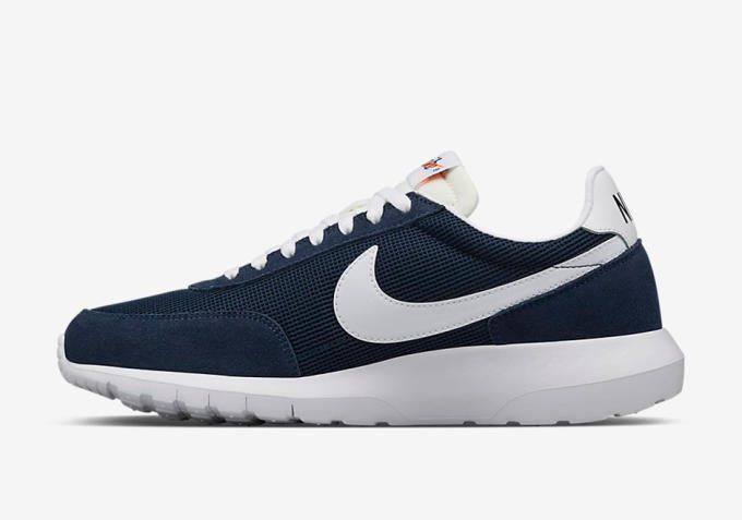sale retailer 6c420 83d81 Priced at  135, these fragment design x Nike Roshe Daybreaks are set to  release through NikeLab channels next week on January 28.