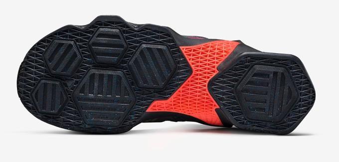 the latest 79964 6296e Nike LeBron 13