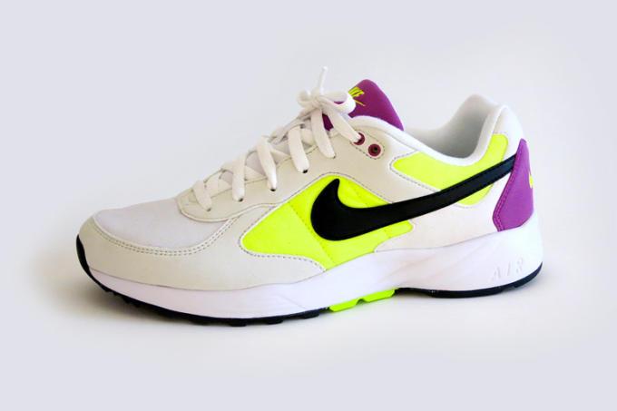 533fa845b67d Nike Air Icarus