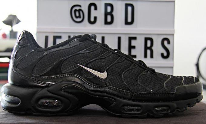 Nike Covers the Air Max Plus in Tn Logos Sneaker Freaker