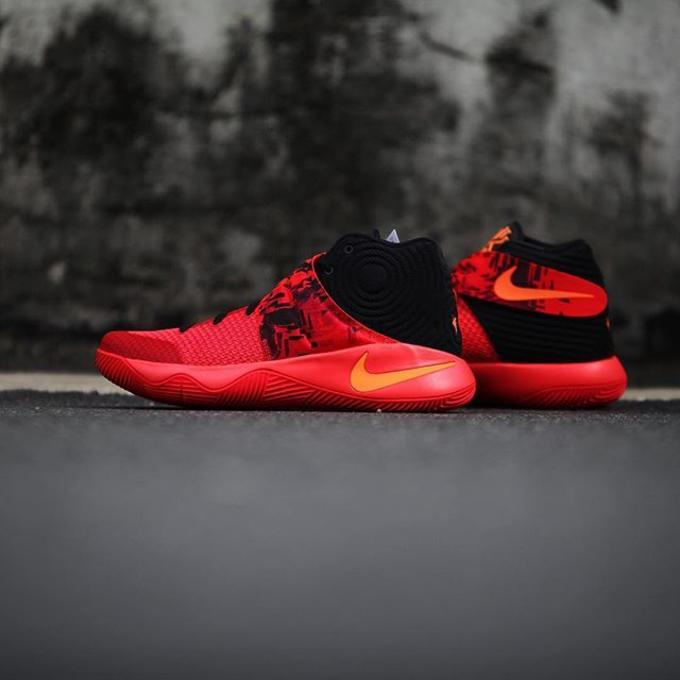 5ddee6e65d9 Nike Kyrie 2