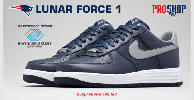 competitive price fce1a ce319 Robert Kraft Wore His Signature Nike Air Force 1s to the ...