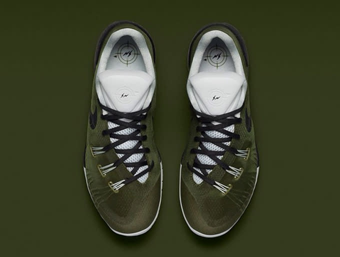 ce85759d07 ... of the fragment design x Nike HyperChase collaboration was unveiled by  NikeLab. The color scheme features a blue and grey upper with geometric  patterns.