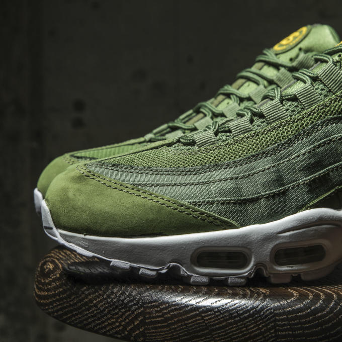Stussy x Nike Air Max 95 Collection Detailed Images | Complex