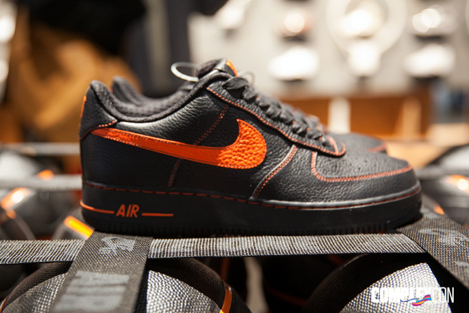huge discount 5cf1a 619fd Vlone Nike Air Force 1 ComplexCon