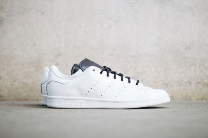 Adidas Stan Smith White/Black Side S80019