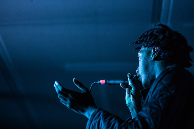 kemba-stage-rapper