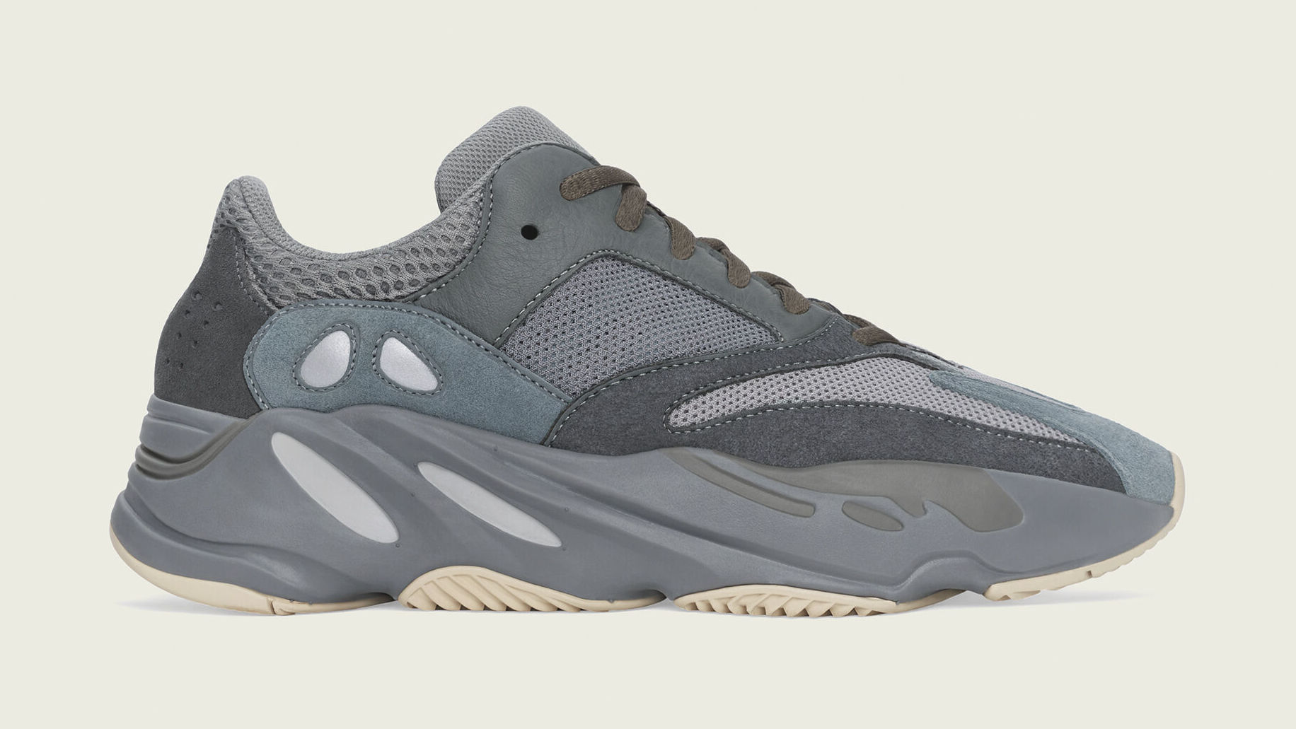 'Teal Blue' Yeezy Boost 700s Get New Release Date